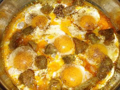 طبق البيض مع القلايا
