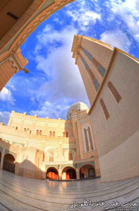 جامع جمال عبدالناصر الواقع بميدان الجزائر