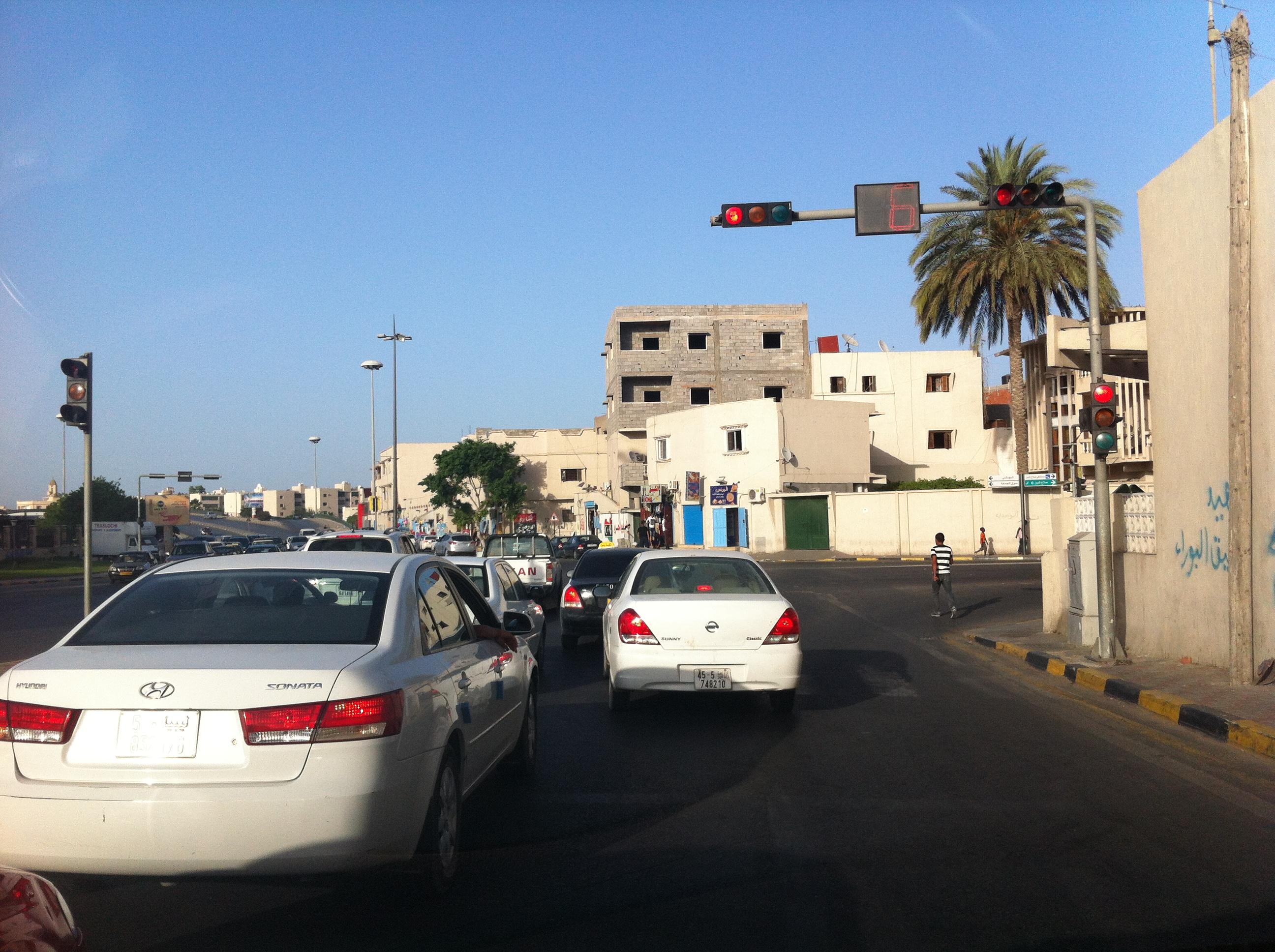 حين أشهد أن الليبيين تعلموا إحترام إشارة المرور الحمراء والوقوف قبل خط المشاة، حينها فقط سأقول بكل ثقة أن دم الشهداء ما مشاش هباء، فليبيا الجديدة التي ضحى من أجلها الليبيين ودفعوا ثمنها دماً، لم تقم بعد مادام هناك بشر يتساوون مع الحيوانات على الطرقات، فيسعون كالدواب دون قيود أو ضوابط.