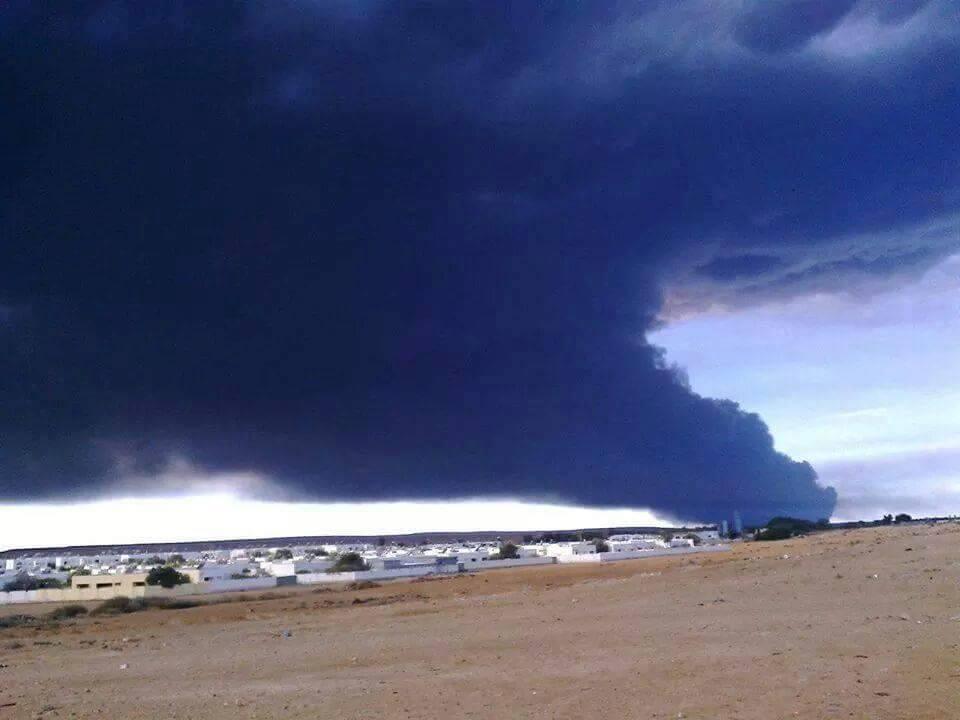 راس ﻻنوف اليوم بعد استهداف وحرق خزان النفط الخام باﻻمس بالسدرة